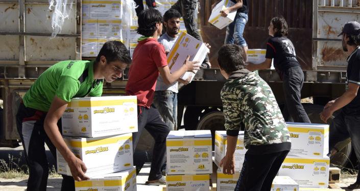 Rozładunek pomocy humanitarnej w Syrii
