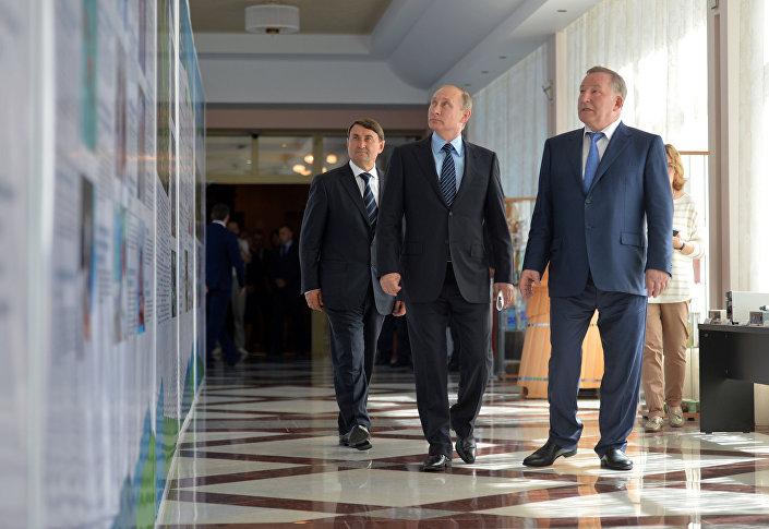 Władimir Putin w Kraju Ałtajskim na spotkaniu roboczym