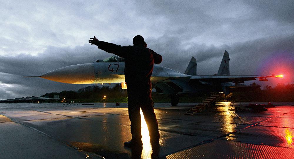 Myśliwiec Su-27 w obwodzie kaliningradzkim