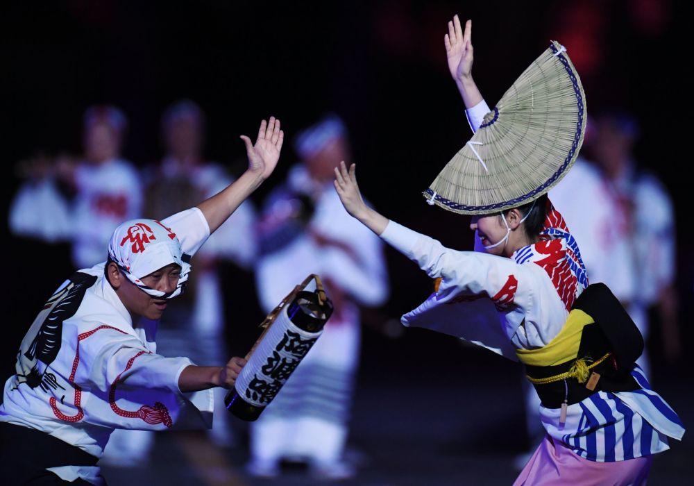 Uczestnicy z Japonii podczas ceremonii otwarcia 9. edycji Międzynarodowego Festiwalu Orkiestr Wojskowych Spasskaja Basznia