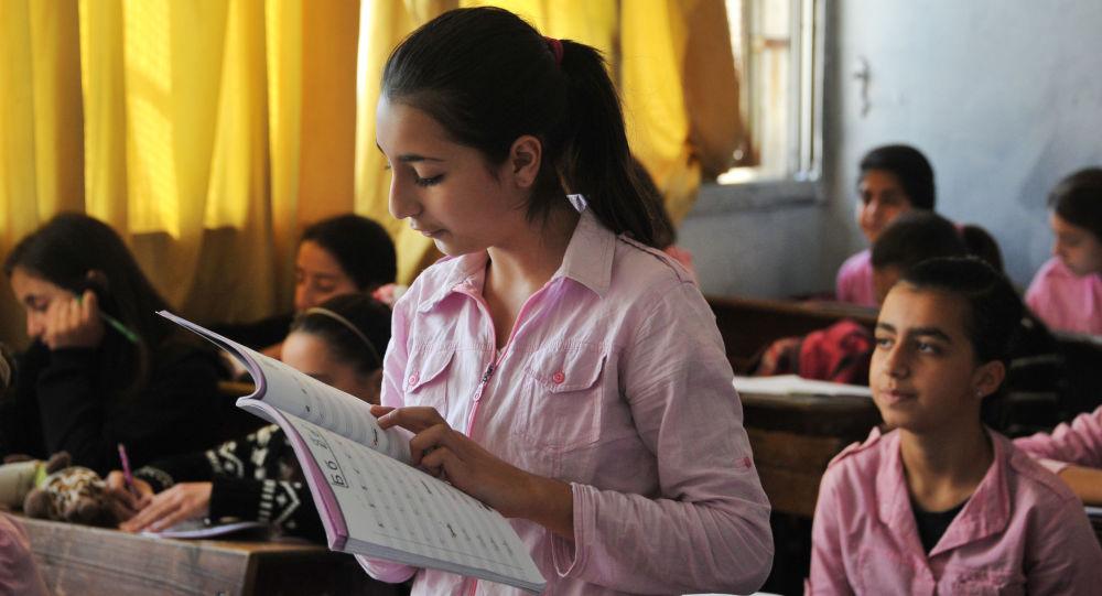 Lekcja z języka rosyjskiego w syryjskiej szkole