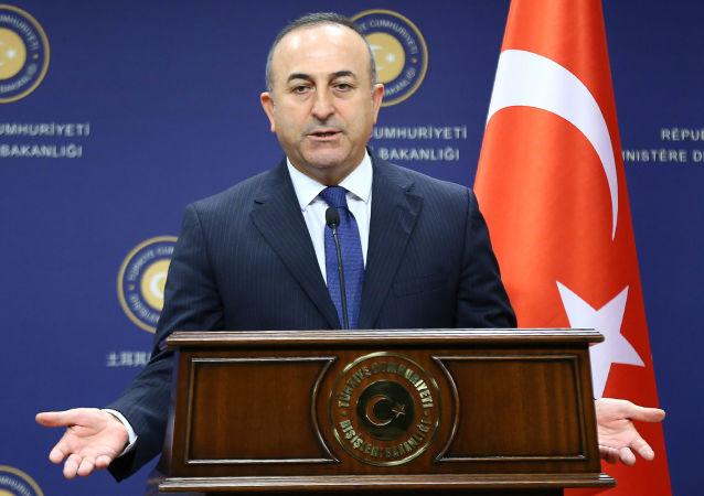 Minister spraw zagranicznych Turcji Mevlüt Çavuşoğlu w Ankarze