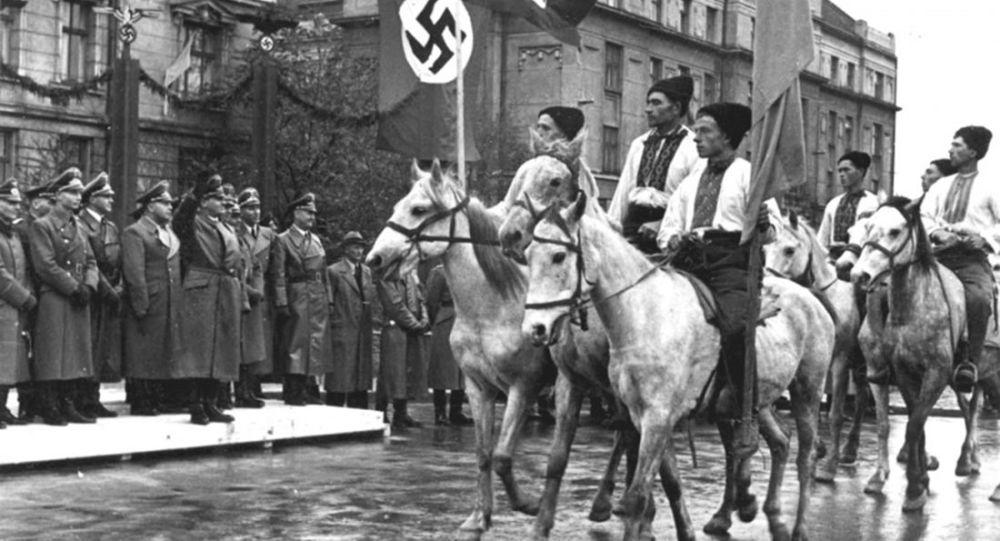 Parada ukraińskich nacjonalistów w Stanisławie, foto archiwalne