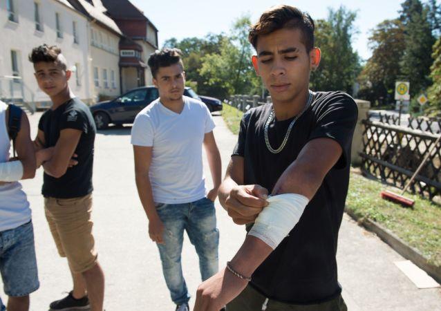 W bójce na wschodzie Niemiec uczestniczyło ok. 20 niepełnoletnich uchodźców