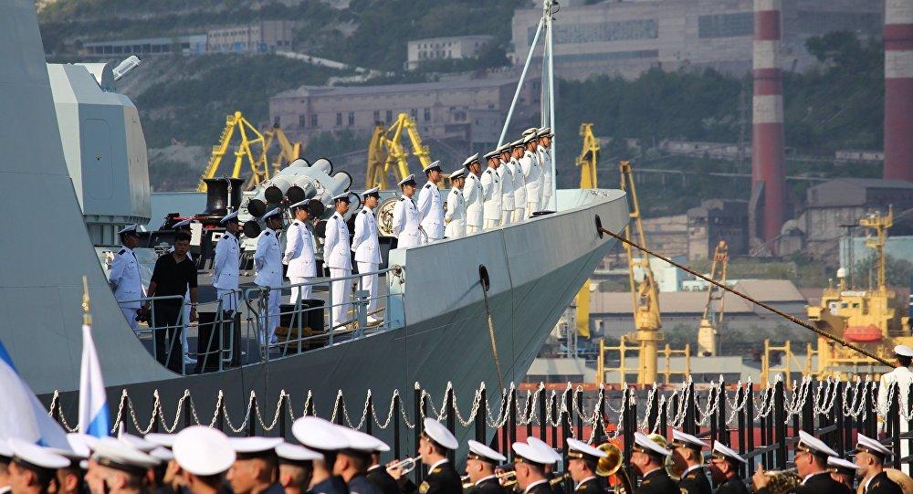 Rosyjsko-chińskie ćwiczenia Morskie współdziałanie 2015