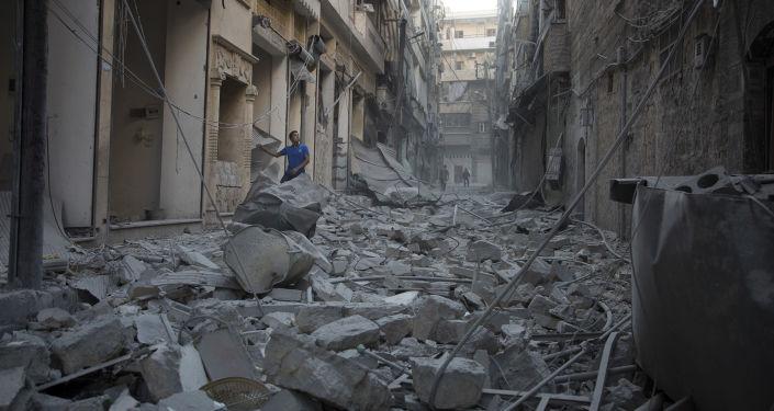 Ruiny po ostrzale Aleppo przez amerykańskie siły powietrzne
