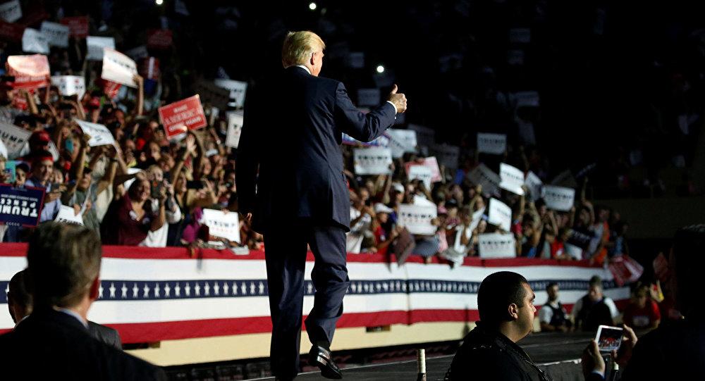 Donald Trump podczas debaty w Nowym Jorku