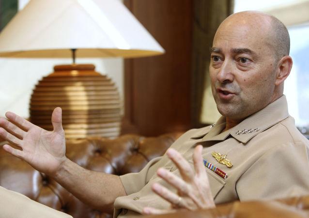 Były Naczelny Dowódca Połączonych Sił Zbrojnych NATO w Europie admirał James Stavridis