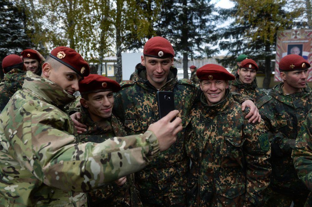 Ci, którzy doszli do mety oficjalnie zaliczani są do elity specnazu. Tym razem z 60 żołnierzy czerwone berety dostało tylko 20.