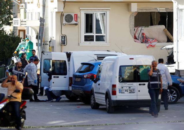 Policja na miejscu wybuchu w tureckim Gaziantep