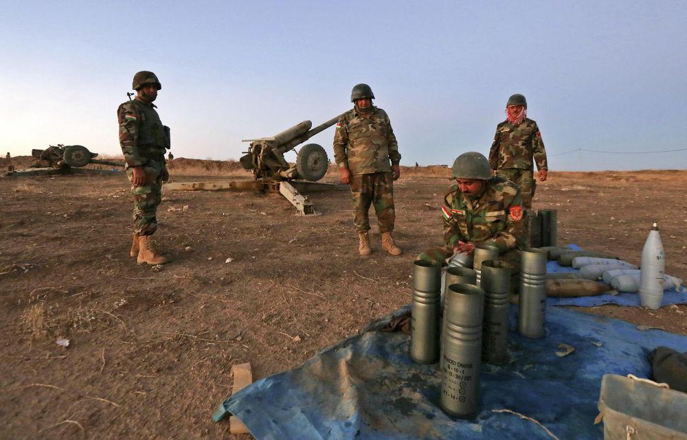 Przed rozpoczęciem operacji iracka armia zrzuciła na miasto ulotki zalecające mieszkańcom opuścić rejony, w których skupione są siły bojowników.