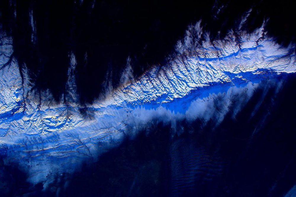 Zdjęcie Ziemi wykonane przez astronautę Scotta Kelly'ego z Międzynarodowej Stacji Kosmicznej.