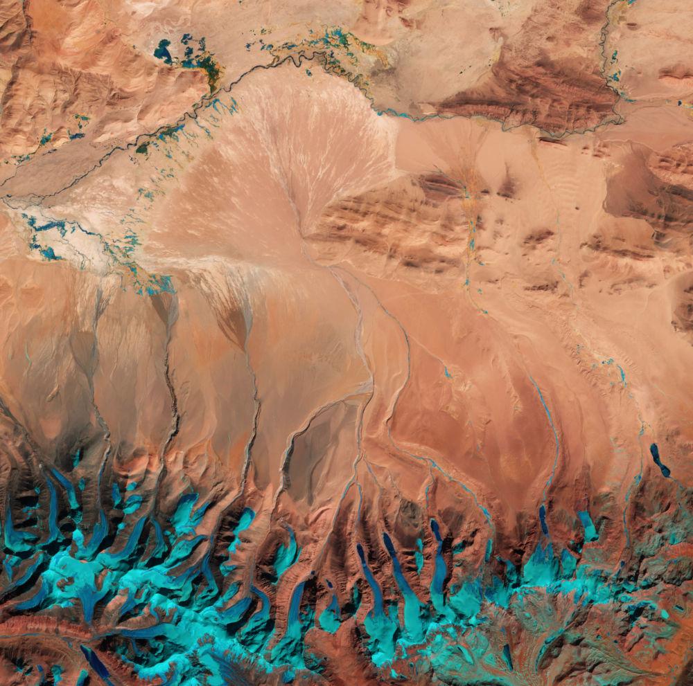Zdjęcie Wyżyny Tybetańskiej wykonane z kosmosu.