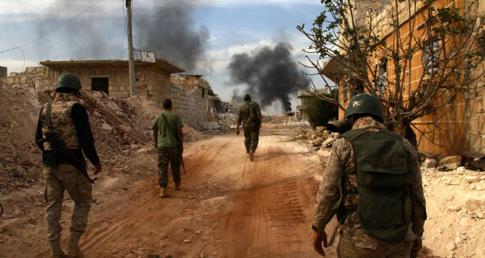 Żołnierze syryjskiej armii na przedmieściach Aleppo