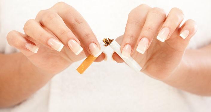 Palenie zabija nosicieli wirusa HIV szybciej niż sam wirus