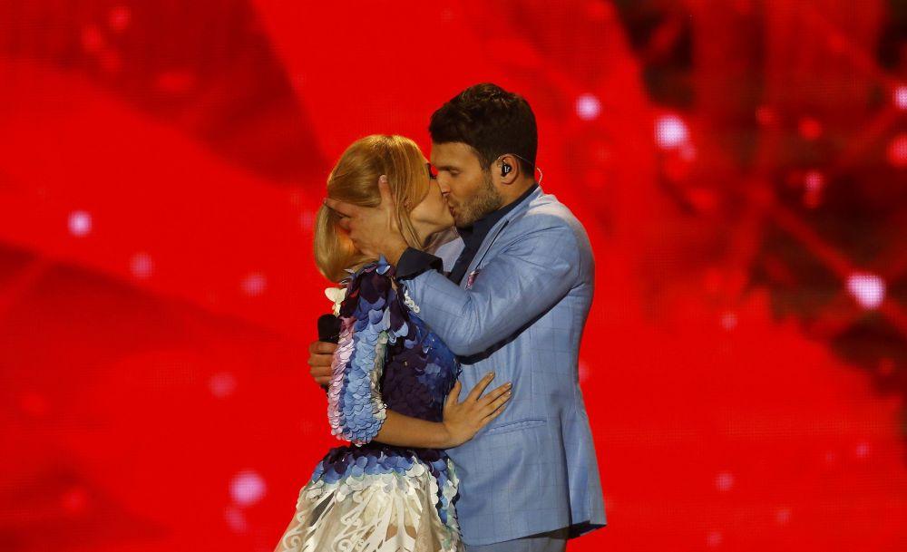 Monika Linkyte i Vaidas Baumila z Litwy podczas  wystąpienia na Eurowizji-2015