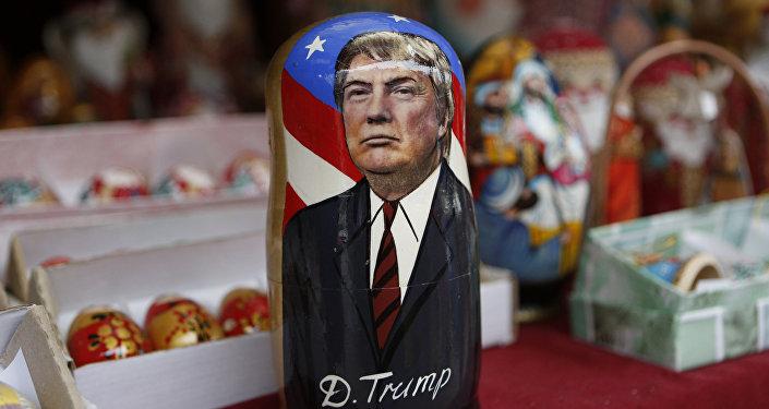 Tradycyjna Matrioszka z Donaldem Trumpem