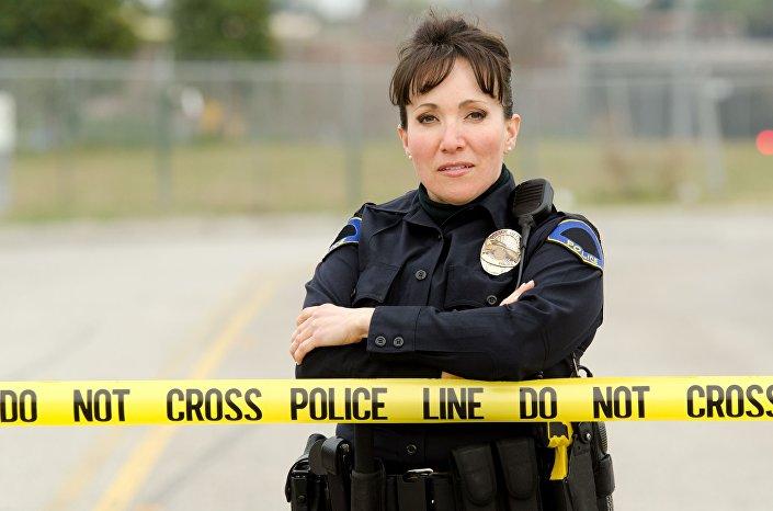 Policjantka to zawód numer jeden w niejednym rankingu - niebezpieczny i pochłaniający mnóśtwo wolnego czasu.