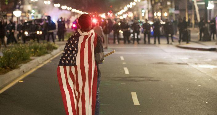 Protesty w Kalifornii po wybraniu Trumpa na prezydenta