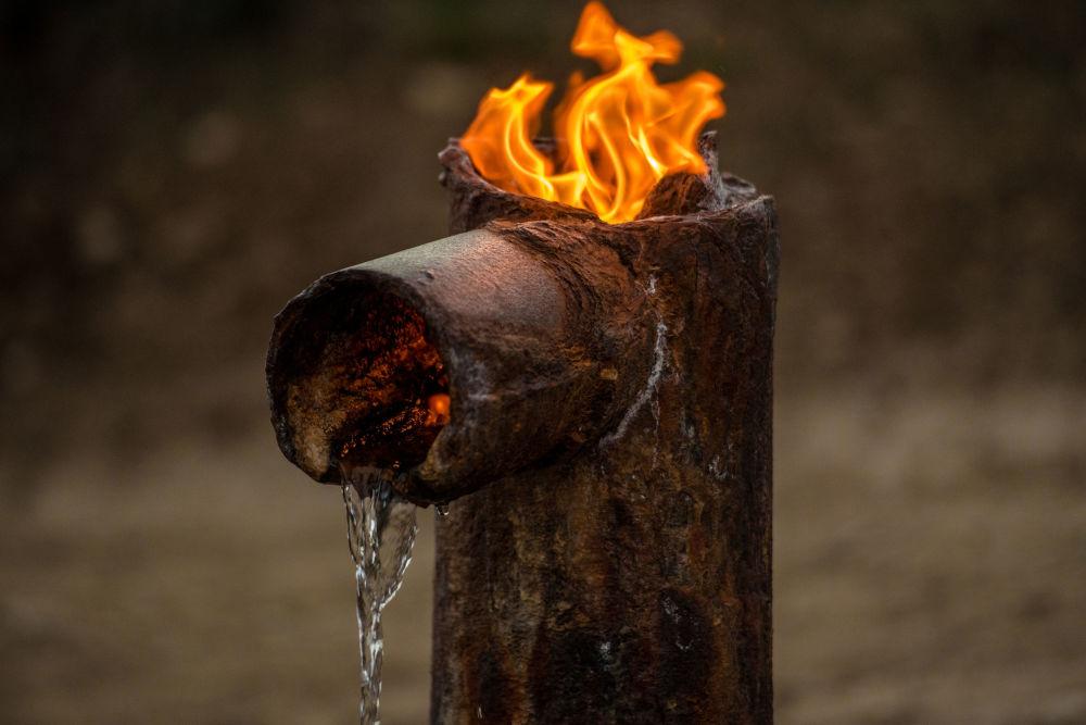 Mieszkańcy tamtych terenów nie znają składu chemicznego wody i piją ją bez konsultacji z lekarzem, ale problem kamieni w organizmie jest im obcy.
