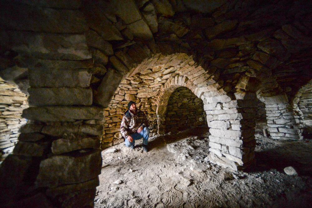Wszystkie budowle w osadzie Hoj zbudowano z kamienia bez zaprawy.