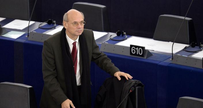Francuski europoseł, członek grupy politycznej Europa Narodów i Wolności Jean-Luc Schaffhauser
