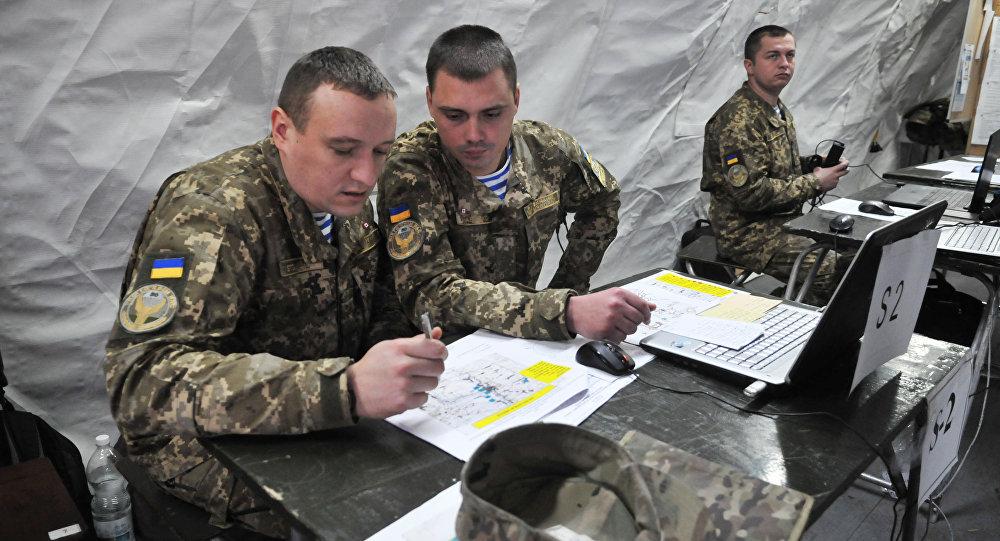 Ukraińscy wojskowi przeprowadzą w piątek kilka startów pocisków rakietowych, a lotnictwo przećwiczy ataki na cele powietrzne w ramach manewrów na południu kraju