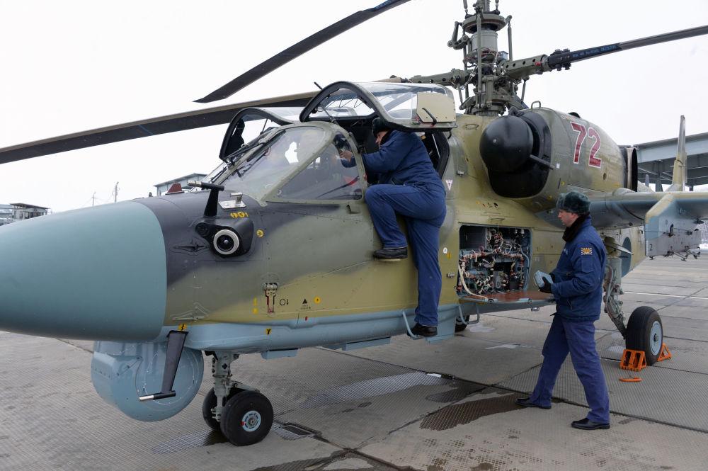 Nowy śmigłowiec uderzeniowy Ka-52 Aligator