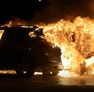Szwedzkie samochody w ogniu