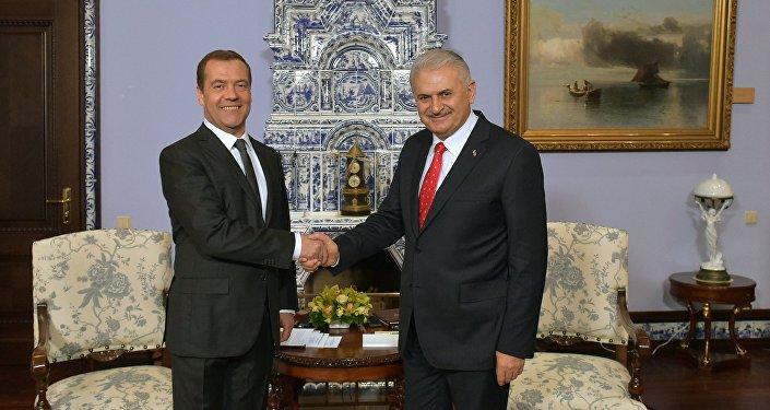 Spotkanie premierów Rosji i Turcji w rezydencji Gorki za Moskwą