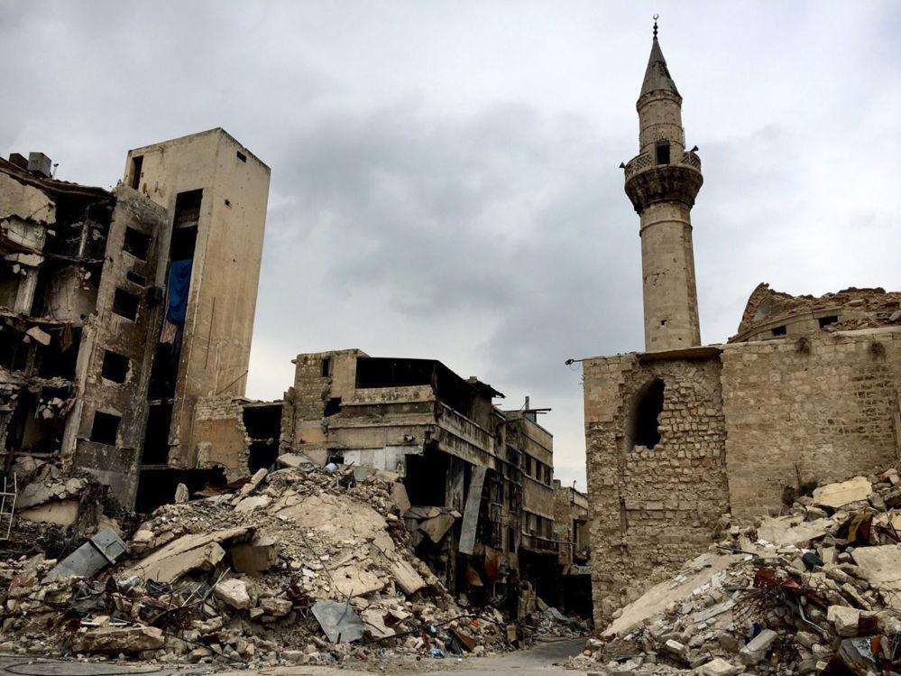 Ulica w Starym Mieście w Aleppo w 2016 roku