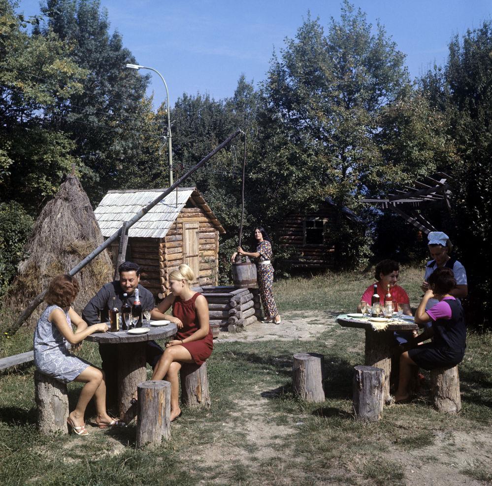 "Restauracja ""Zielona Papuga"", 1970 rok"