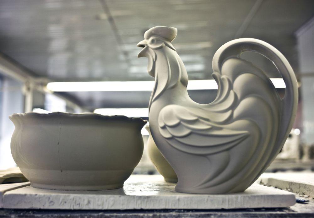 Większość wytworów fabryki została nagrodzona medalami, nagrodami i dyplomami za wysoką jakość i oryginalny design.