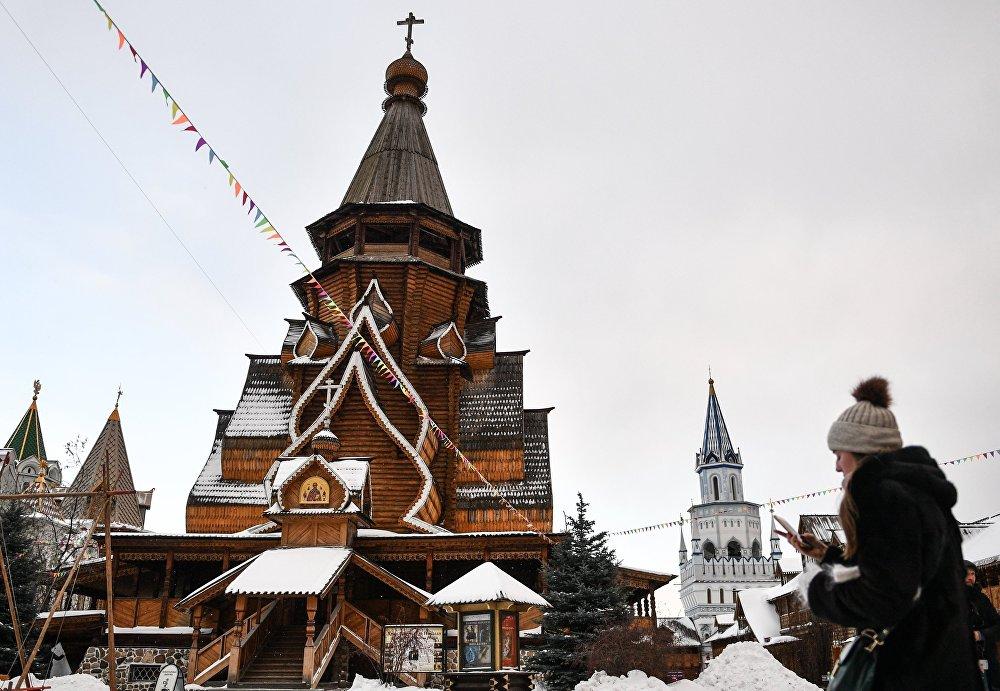 Cerkiew św. Mikołaja na terenie kompleksu kulturowo-rozrywkowego Izmaiłowski Kreml