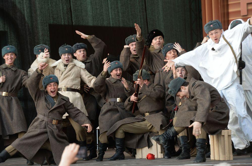 Działalność zespołu dała początek zespołom nowego typu, wojskowym zespołom tańca i pieśni, nie tylko w Rosji, ale i za granicą.