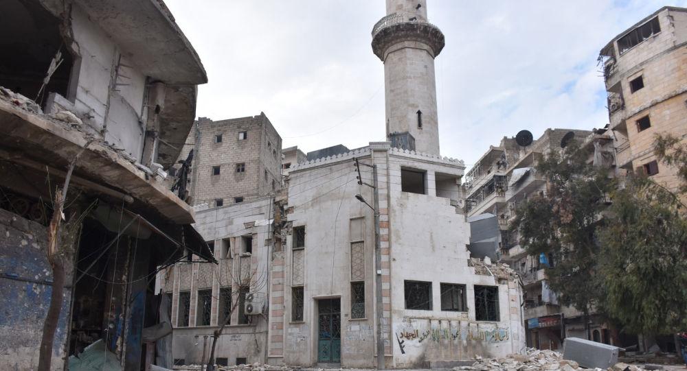 Zniszczone budynki w wyzwolonym Aleppo