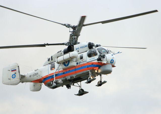 Lot pokazowy śmigłowca Ka-32A11VS podczas ceremonii otwarcia Międzynarodowego Salonu Kompleksowe Bezpieczeństwo 2016 w Noginsku