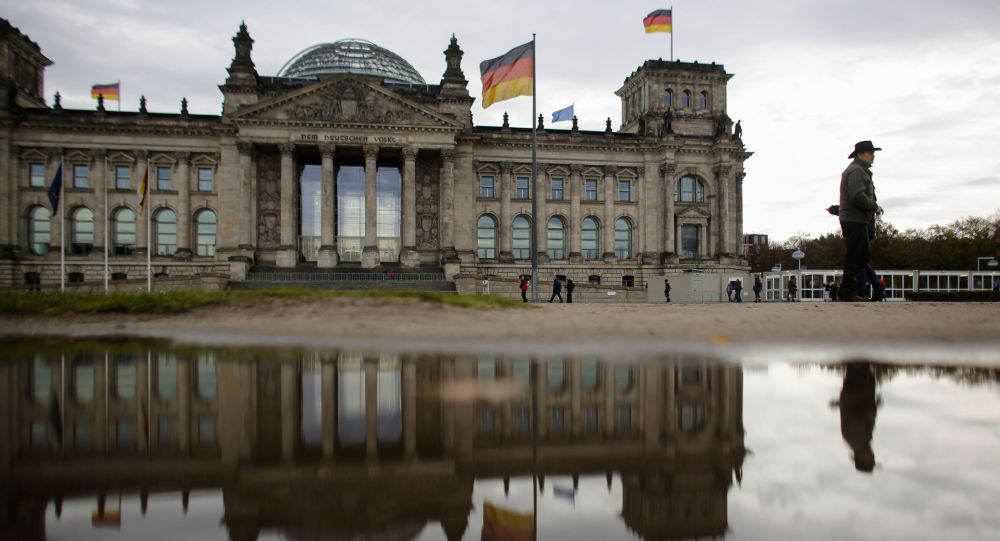 Budynek Reichstagu, w którym odbywają się posiedzenia parlamentu Niemiec