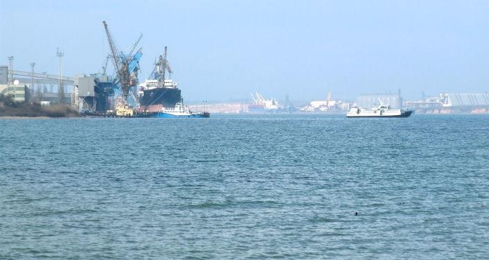Przypuszczalnie swoje nazwy zmienią porty morskie Illicziwśk, Jużnyj i Oktiabrsk
