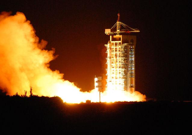 Start satelity Micius z kosmodromu Jiuquan w Chinach