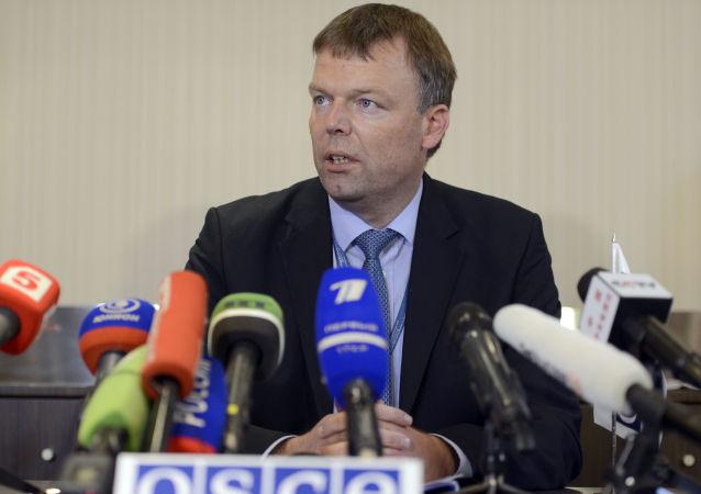 Zastępca szefa specjalnej misji obserwacyjnej OBWE na Ukrainie Alexander Hug