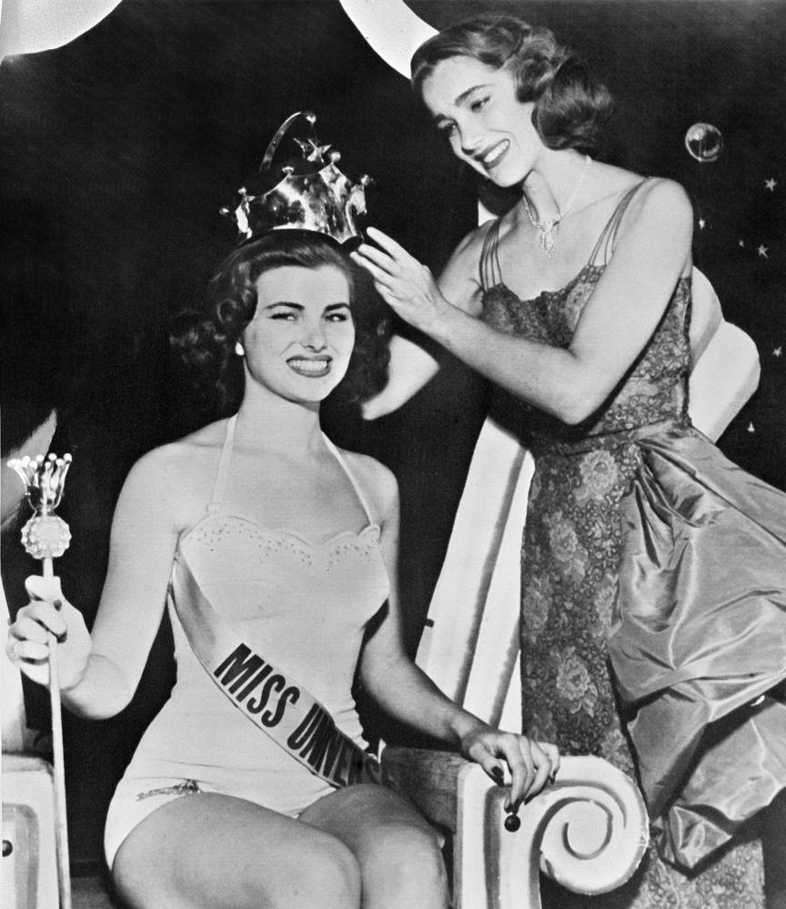 Zwyciężczyni konkursu Miss Universe 1953 Christiane Martel z Francji