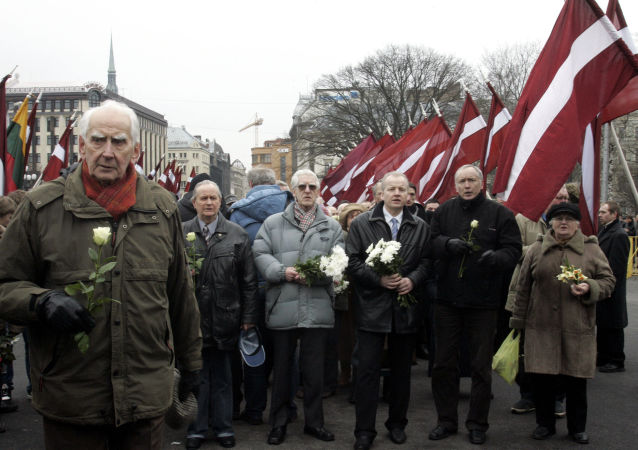 Marsz legionistów Waffen SS i ich zwolenników w Rydze