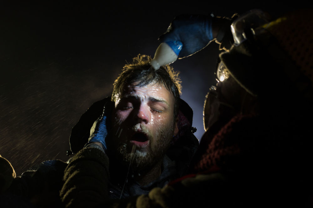 Zdjęcie Standing rock. Autor: Amber Bracken. Pierwsze miejsce w kategorii Współczesne problemy - fotoreportaż.