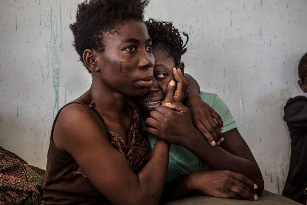 Zdjęcie Libijska pułapka na uchodźców. Autor: Vadim Ghirda. Trzecie miejsce w kategorii Współczesne problemy - zdjęcie pojedyncze.