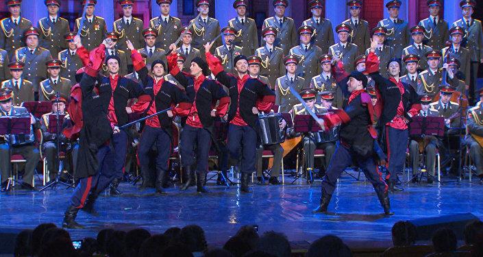 Pierwsze wystąpienie Zespołu Pieśni i Tańca Armii Rosyjskiej im. Aleksandrowa po katastrofie Tu-154 w Soczi
