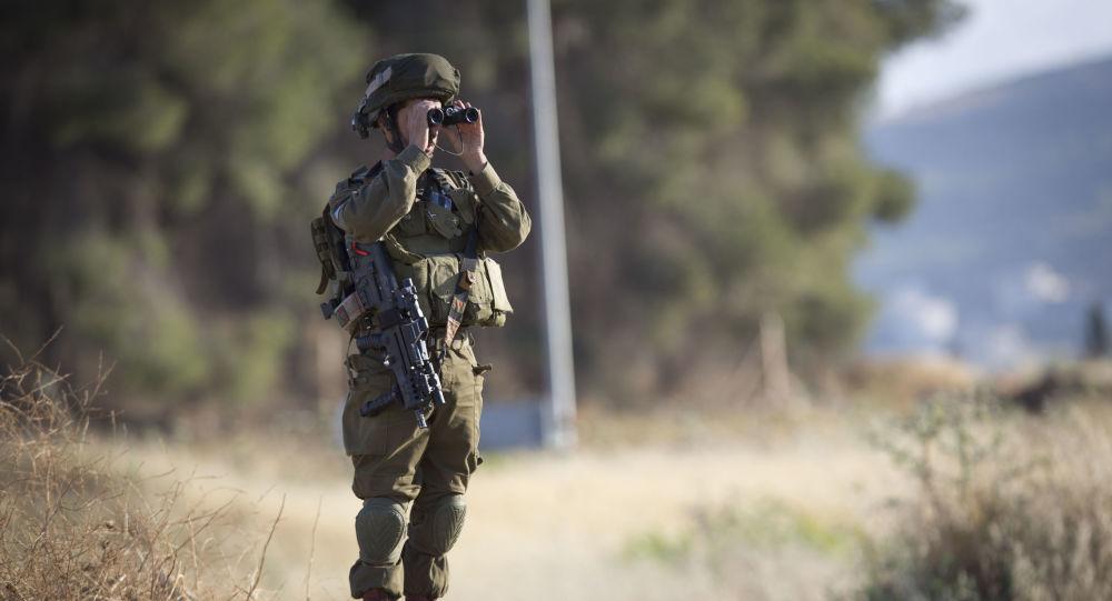 Izraelski żołnierz na posterunku