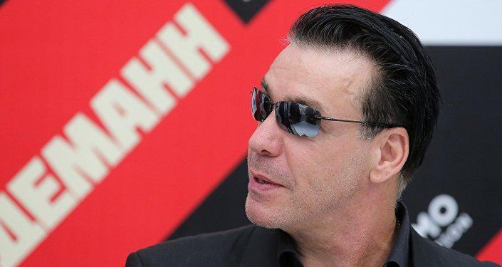 Wokalista zespołu Rammstein Till Lindemann w Moskwie.