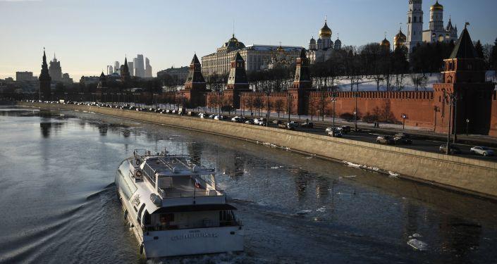 Rosja nie posiada planów na piśmie wcielenia Donbasu do swojego składu, a hipotetyczne dywagacje na ten temat nie są możliwe