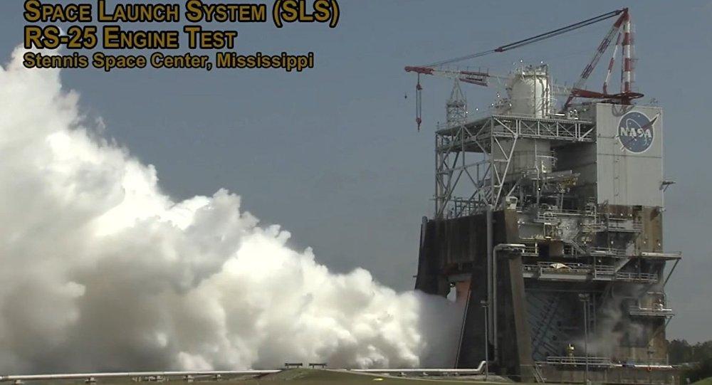 NASA udostępniła wideo prób silnika rakiety SLS